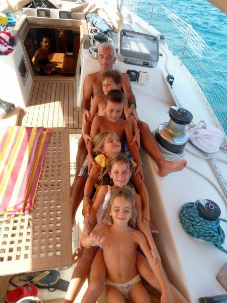 Tambien las familias numerosas pueden vivir unas vacaciones irrepetibles a bordo.