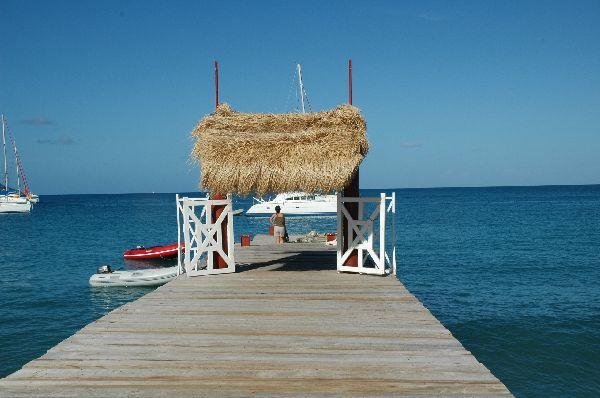 Precioso embarcadero en Mayreau, isla de apenas 200 habitantes que concentra todo el sabor caribeño en menos de 3 Km cuadrados.